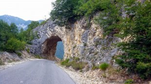 Droga przez kanion rzeki Pivy