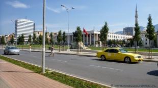 Wokół Placu Skanderbega
