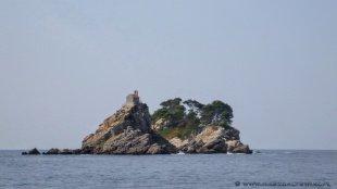 Cerkiew na skałach