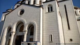 Wejście do cerkwi św. Sawy